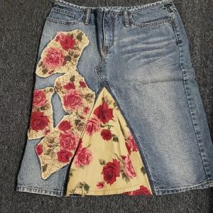 🧹NWOT Express denim boho skirt